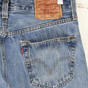Levis mens 501 Blue Jeans BF Button Fly 32/32